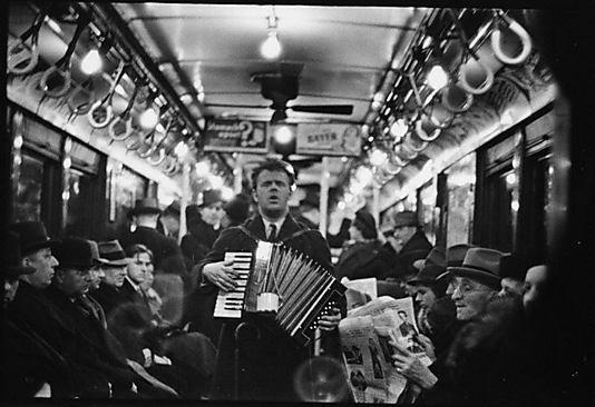 Walker Evans, Blind accordion player (1938)